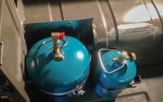 Karosserie umschweißen - Platz für den Gaskasten